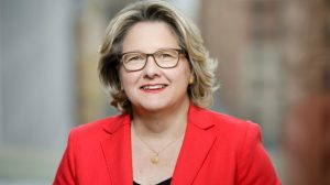 Bundesumweltministerin Svenja Schulze (Bild: BMU)