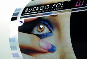 Folien sind der ideale Träger für Werbung. (Bild: Ricardo Alfaia/Buergofol)