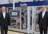 Jürgen Lochner (CSO/CTO) (links) und Carsten Strenger (CEO) führen gemeinsam Illig Maschinenbau seit dem 01.12.2020. (Bild: Illig)