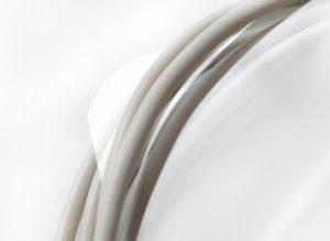 In Telekommunikationskabeln werden die guten isolierenden Eigenschaften einer OPS-Folie genutzt. (Bild: Ricardo Alfaia/Buergofol)