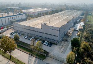 Die jetzt mehrheitlich zu Simona gehörende MT Plastik ist türkischer Marktführer bei PVC Schaumplatten, die vor allem im Digitaldruck, Werbemarkt und Hochbau Anwendung finden. (Bild: Simona)