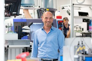 Die strategische Neuausrichtung sowie einfachere Organisationsstrukturen lassen Rolf Sonderegger, CEO von Kistler, optimistisch in die Zukunft blicken. (Bild: Kistler)