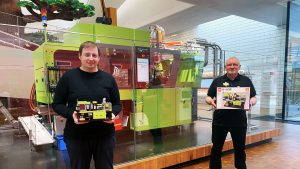 Markus Rollbuehler and Stuart Harris are the Designer and Master Builder behind the new exclusive LEGO House product. (Bild: LegoHouse)