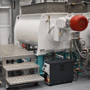 Abbildung 1: Dosierer-Mischer-Kneter-Conchierer, Durchsatz 400 kg/h, temperiert bis 90°C