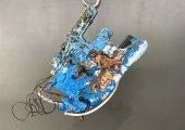 Technologies sorgt für die sichere thermische Entfernung von Kunststoffresten von Heißkanalsystemen der Formex Plastik GmbH – hier vor und nach der Reinigung Bild: Schwing Technologies