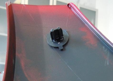 Die zu verschweißenden Teile, wie hier ein Fixierpin, können ohne zusätzliche Maßnahmen zur Gestaltung der Fügefläche konstruiert werden.