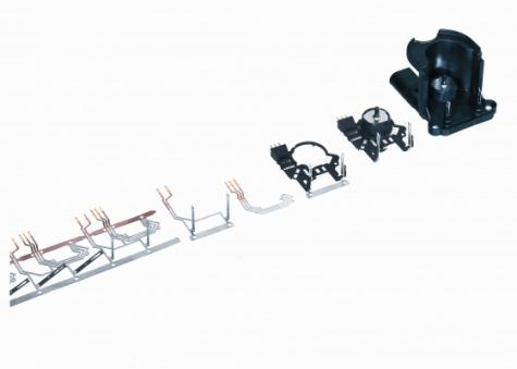 Hybrid-Bauteil: Eine Blackbox, die  keinerlei Rückschlüsse auf die einzelnen Fertigungsstufen ziehen lässt; die Abbildung zeigt die einzelnen Stufen der Fertigung.