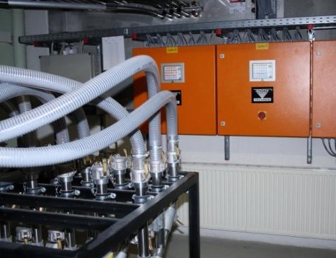 Umsteckbahnhöfe sorgen für die Verteilung des Materials innerhalb der zentralen Granulatversorgung.