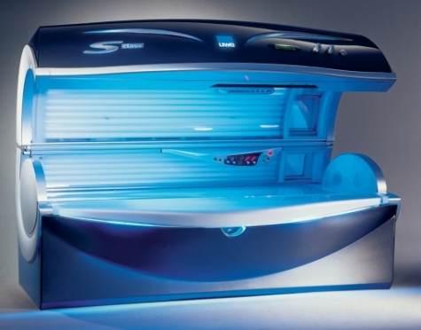 Die Verkleidung des Solariums vermittelt durch den Hochglanzeffekt einen sehr hochwertigen Eindruck. (Bild: Thieme)