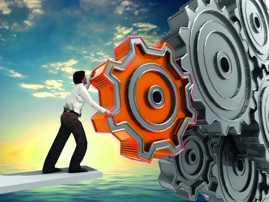 Die beste Qualität erreichen sie nur in Kombination: Hochwertige Technologie und der Mensch mit seinem Fachwissen (Bildquelle: Bild: ©ArchMen-Fotolia.com)