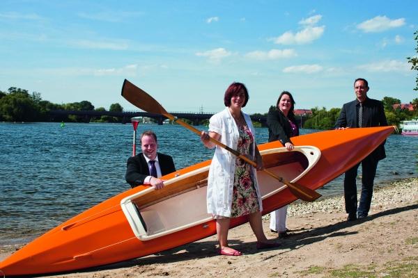 Auf zu neuen Ufern. Die Redaktion des Plastverarbeiter wird selbst beim in See stechen von Kunststoffprodukten begleitet.   (Bildquelle: Redaktion Plastverarbeiter)