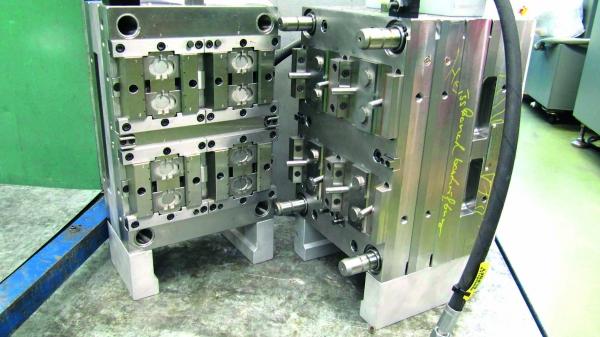 Im 1955 gegründete Werkzeugbau fertigt der Verarbeiter seine Spritzgusswerkzeuge selbst. (Bildquelle: Klaus)