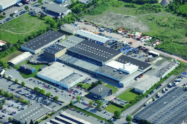 Vauth-Sagel verfügt über Kompetenz in der Verarbeitung von Kunststoff, Stahl, Blech, Holz und Draht. Rund 850 Mitarbeiter produzieren jährlich über 85 Millionen Produkte. (Bildquelle: Vauth-Sagel)