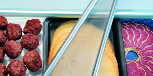 Barrieren verhindern ein frühzeitiges Oxidieren und Verderben von Lebensmitteln.  (Bildquelle: Fraunhofer IVV)