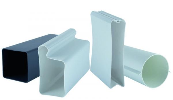 Im niedersächsischen Barnstorf fertigt man Kunststoff-produkte im Spritzguss- und Extrusionsverfahren,  wobei das Leistungsfeld die Entwicklung  und Konstruktion sowie Serienfertigung  und Weiterverarbeitung umfasst. (Bildquelle: Fastec)