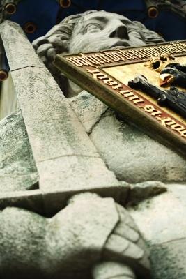 Rolandstatuen (hier Bremen) wurden als Symbol für Freiheit und Marktrecht errichtet. Schild und Schwert versinnbildlichen heute auch den strategischen Technologieschutz. (Bildquelle: jokapix-Fotolia.com)