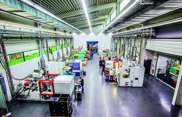 Die Spritzgießproduktion ist heute Umsatzträger des Unternehmens - aber ohne den Bereich Formenbau so nicht denkbar. (Bildquelle: J.Fichtner)
