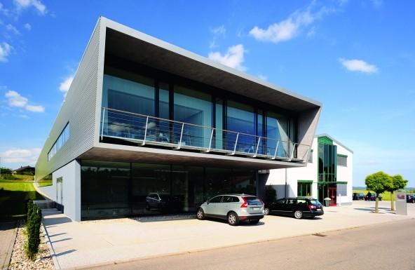 Das moderne, offene Firmengebäude spiegelt den Geist des Unternehmens wider. (Bildquelle: G.Jütten )
