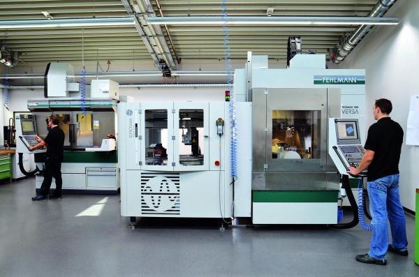 Im Formenbau sind alle  Maschinen für die Metallbearbeitung vorhanden. (Bildquelle: Gindele)