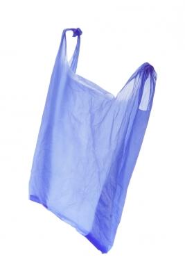 Die Analysten erwarten, dass der Absatz von Kunststoff-Tüten in Europa bis zum Jahr 2020 auf rund 9,12 Millionen t steigt. Das sei aber nicht unbedingt als Problem zu bewerten. (Bildquelle: Lai Leng Yiap – Fotolia.com)