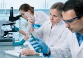 Evonik und DWI: Polymerwissenschafts-Doktoranden diskutieren in Aachen
