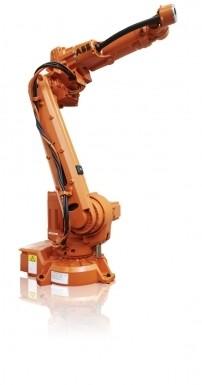 Bei einer Stellfläche von 676 mm x 511 mm bietet der ID-Roboter eine Reichweite von 1,85 m und eine Handhabungskapazität von 15 kg. Bild: ABB