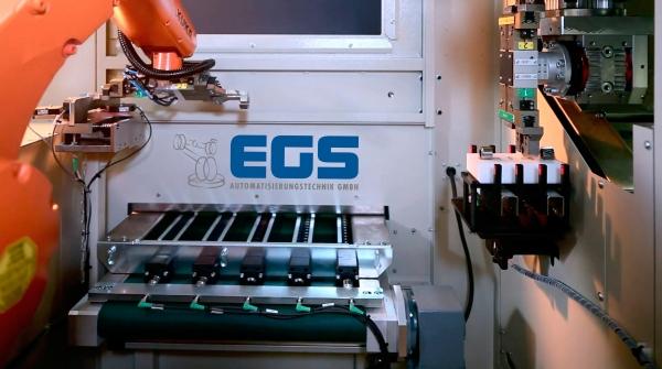 Je nach Werkstückgeometrie werden unterschiedliche Roboterkinematiken eingesetzt. (Bildquelle: EGS)