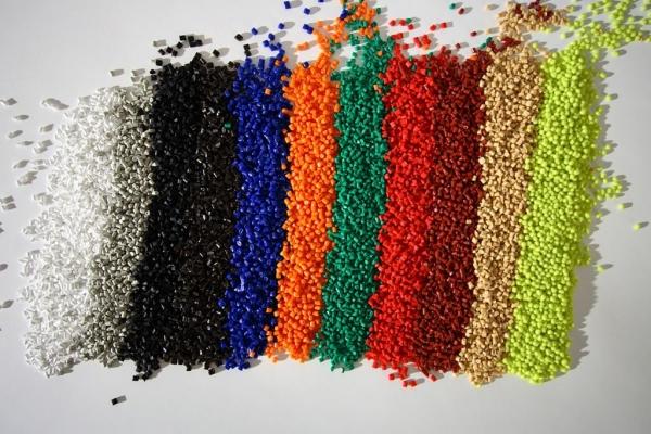 Polyamide FM-Z lassen sich individuell einfärben. (Bildquelle: Bada AG)